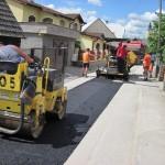SO 06 Zberače Jasenica - AA-1-3-1 - asfaltovanie rýh po kanalizácii Máj-Jún 2013
